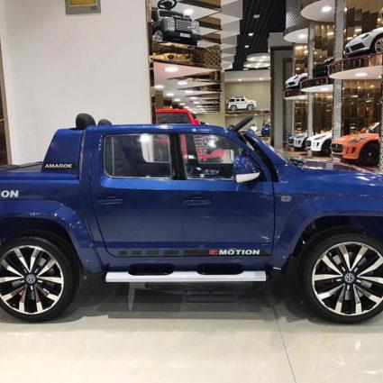 Электромобиль Volkswagen Amarok 4WD синий (легко съемный аккумулятор, 2х местный, резина, кожа, пульт музыка)
